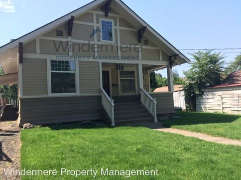 Photo of 816 Alvarado Ter, Walla Walla, WA 99362
