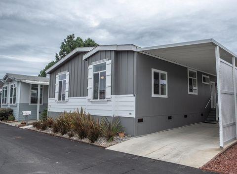 144 Holm Rd Spc 29, Watsonville, CA 95076