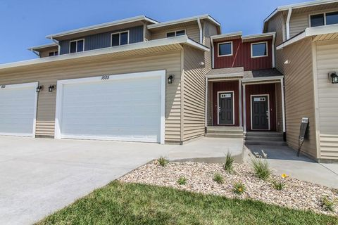 Photo of 1509 Paddington Cir, Manhattan, KS 66503