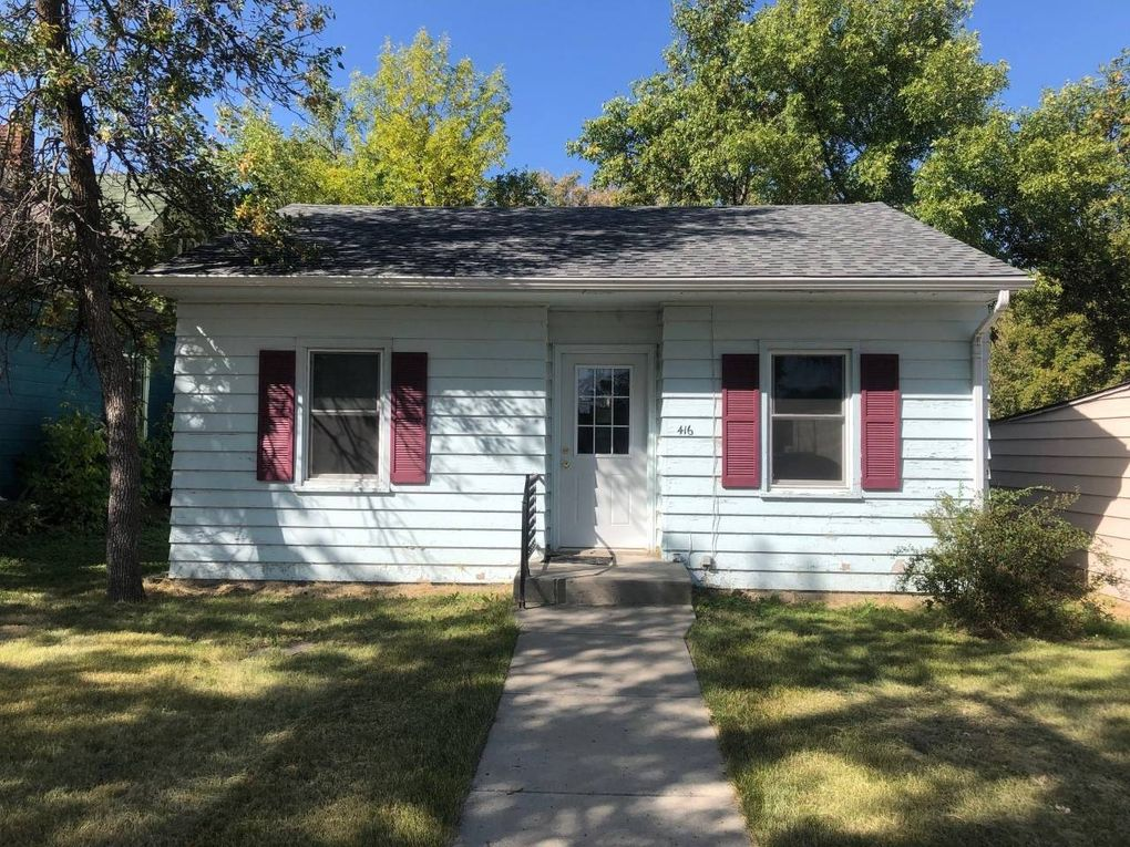 416 Sinclair St Bottineau, ND 58318