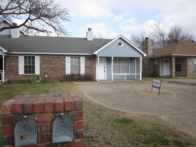 519 McQueary St Arlington, TX 76012