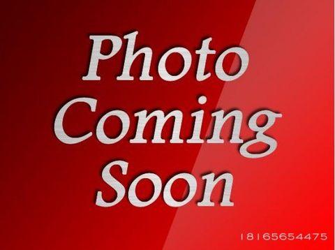 Photo of 21600 Westover Ct, Peculiar, MO 64078