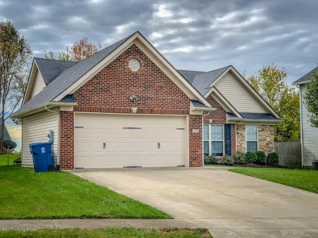 3236 Squire Cir, Shelbyville, KY 40065