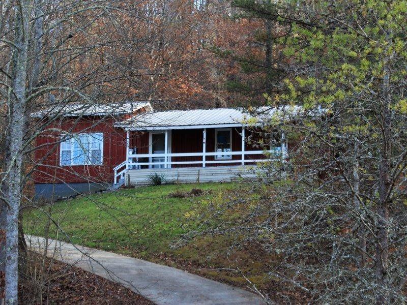 1524 Reagan Valley Rd, Tellico Plains, TN 37385