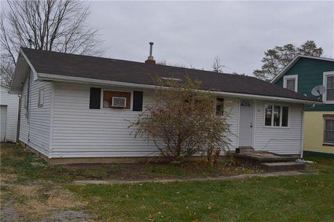 Photo of 76 E Elm St, North Lewisburg, OH 43060