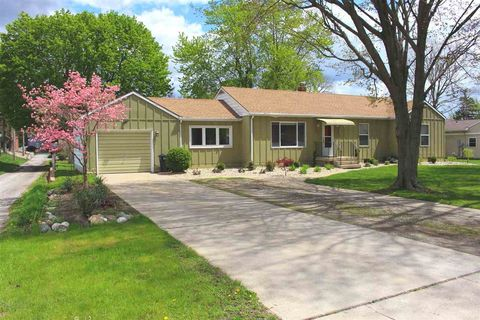 516 N Summit St, Kendallville, IN 46755