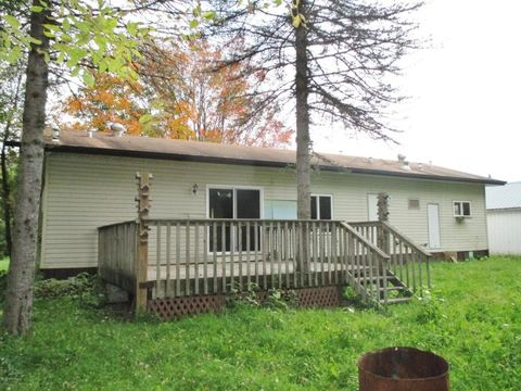 641 Birch Ave N, Hines, MN 56647