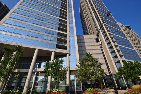 Photo Of 600 N Lake S Dr Apt 3504 Chicago Il 60611