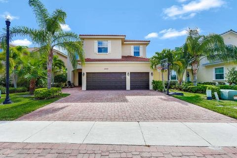 12205 Aviles Cir, Palm Beach Gardens, FL 33418. House For Sale