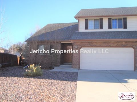 Photo of 3720 Iris Ct, Wheat Ridge, CO 80033