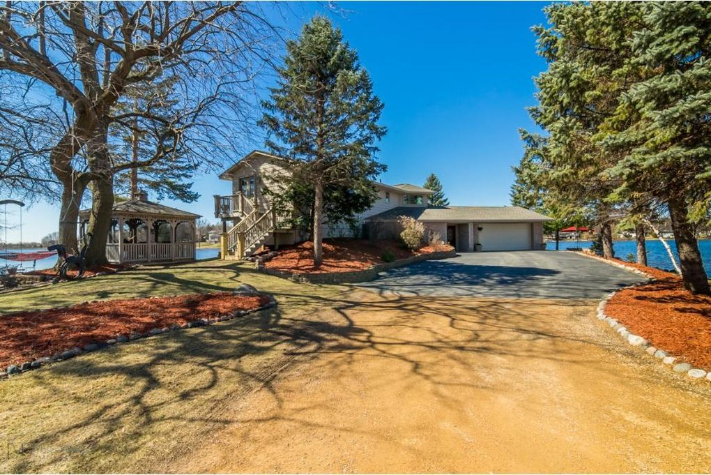 13208 Gladiola St Nw, Coon Rapids, MN 55448
