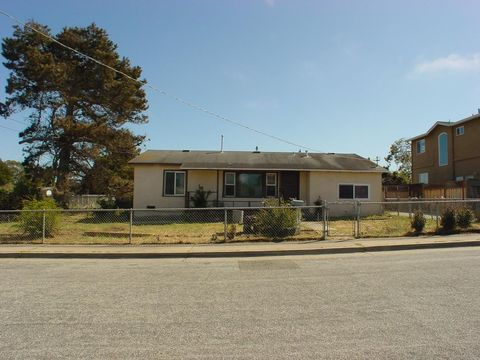 Photo of 1536 Alta Vista Ct, Seaside, CA 93955
