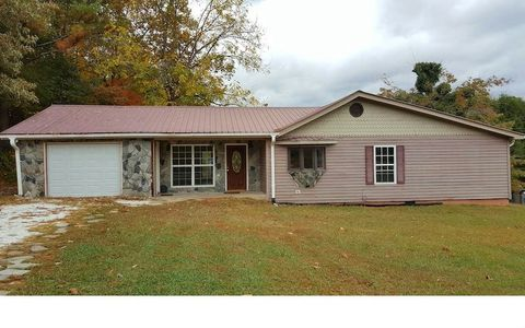 190 Kingtown St, Mc Caysville, GA 30555