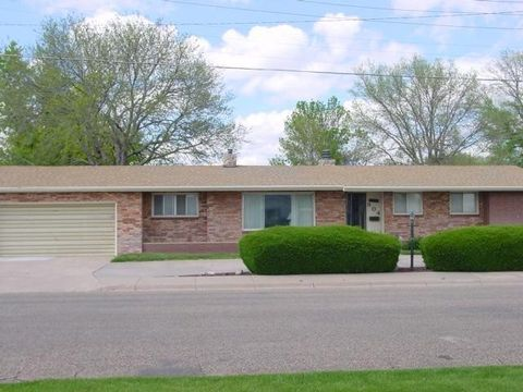 Photo of 804 E 15th St, Goodland, KS 67735