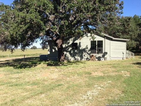 Photo of 2446 County Road 111, Pleasanton, TX 78064