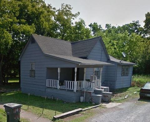 Photo of 1108 S Willow St, Chattanooga, TN 37404