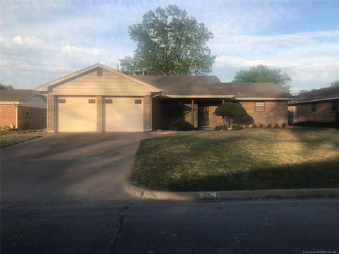 Photo of 311 S 117th East Pl, Tulsa, OK 74128