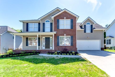 Photo of 3313 Maple Valley Ln, Knoxville, TN 37931