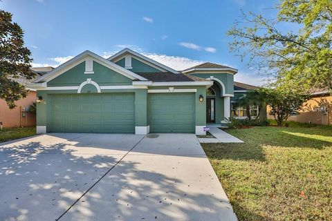 Photo of 614 Marion Hill Ln, Ruskin, FL 33570