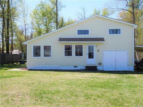 449 James Riv, Spring Grove, VA 23881