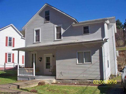 66 Terrace Ave, Salem, WV 26426