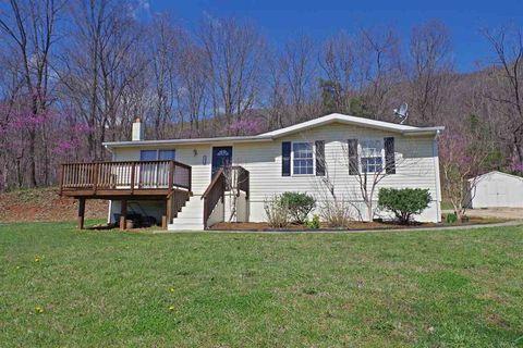 8270 Green Hill Ln, Greenwood, VA 22943