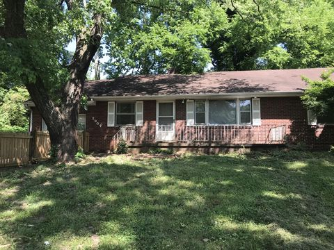 Photo of 2907 White Oak Ln, Knoxville, TN 37917