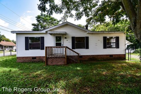 Photo of 706 Berry St, Henderson, NC 27536