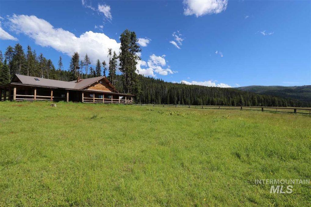 3746 Red River Rd, Elk City, ID 83525