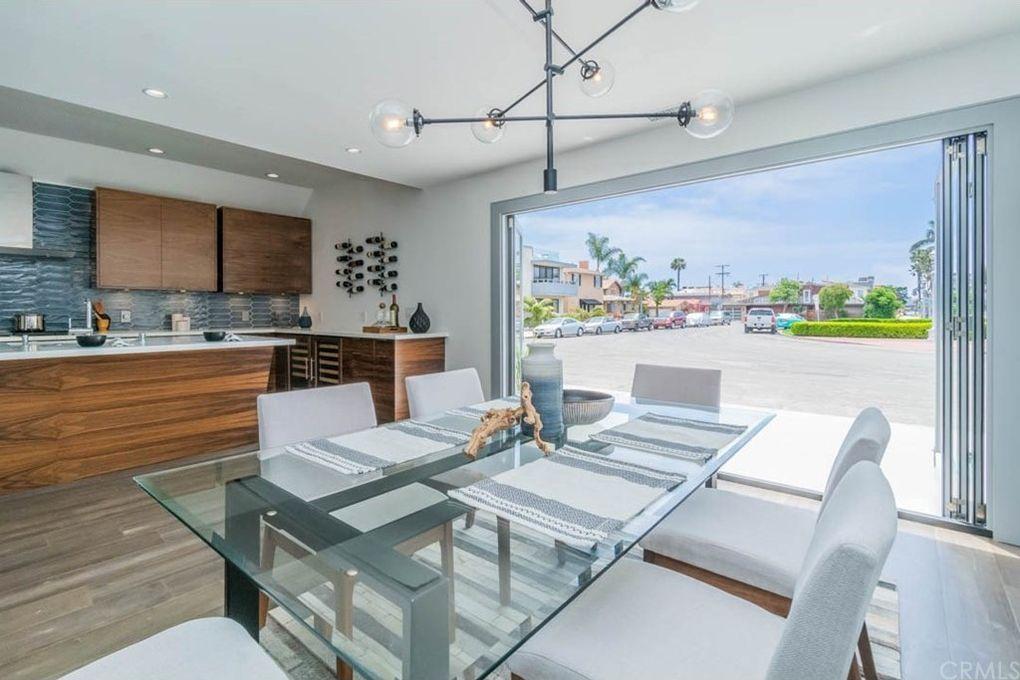 93 Corinthian Walk, Long Beach, CA 90803