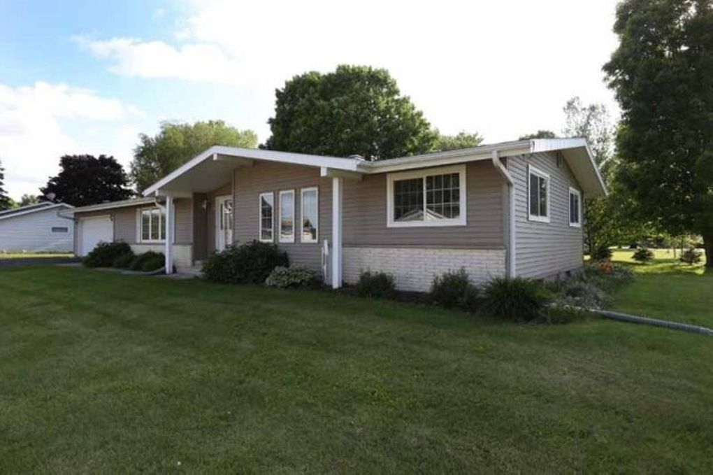 birnamwood singles N9092 us highway 45 , birnamwood, wi 54414-9000 is currently not for sale the sq ft single-family home is a 0 bed, bath property this home was built in.