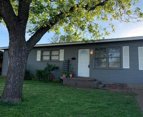 Photo of 2402 N Mockingbird Ln, Abilene, TX 79603