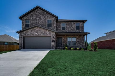 Photo of 3707 Butterfly Ave, Springdale, AR 72764