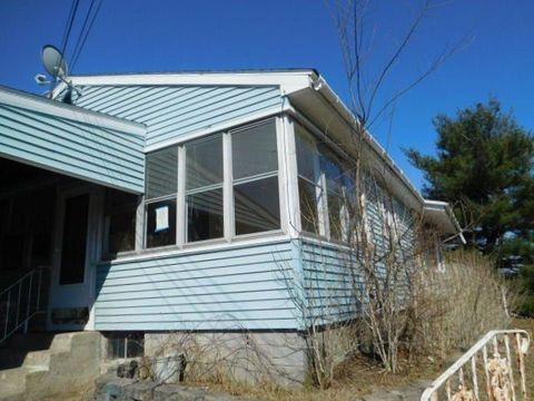 Photo of 15 Gardner Rd, Wynantskill, NY 12198