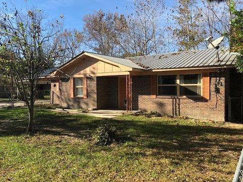 714 Ashley St, Brewton, AL 36426