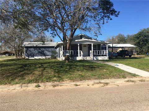 Photo of 1102 W Lucille St, Hebbronville, TX 78361