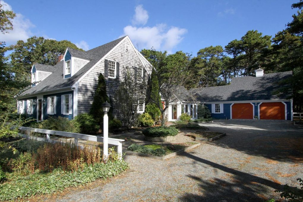14 White Pines Dr Eastham, MA 02642