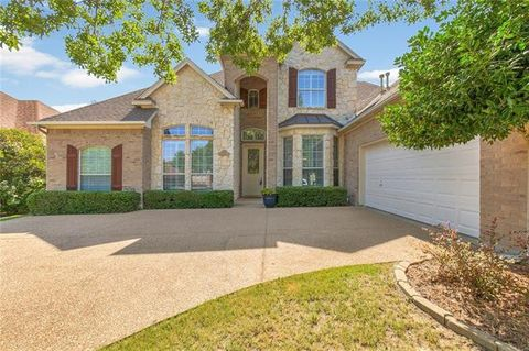 Photo of 7013 Briercliff Ct, Fort Worth, TX 76132
