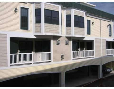 11 Railroad Ave Unit B3, Salisbury, MA 01952