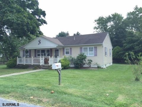 21 Sooy Ln, Absecon, NJ 08201