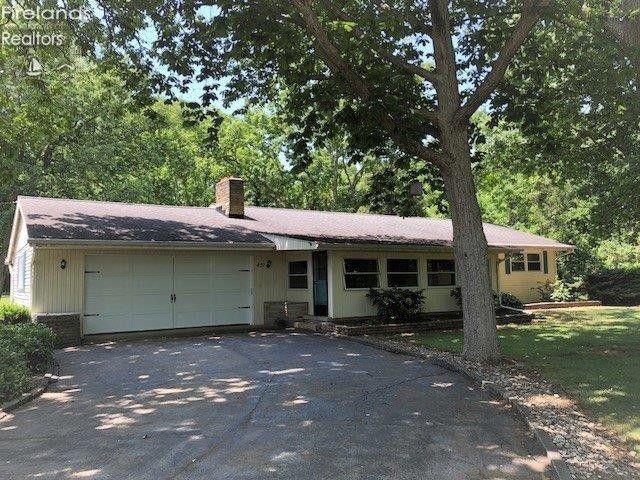 427 W Catawba Rd Port Clinton, OH 43452
