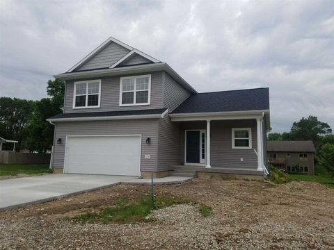 Photo of 1200 Fran St, Evansdale, IA 50707