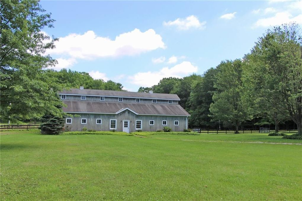 3131 Zimmerly Rd, Erie, PA 16506