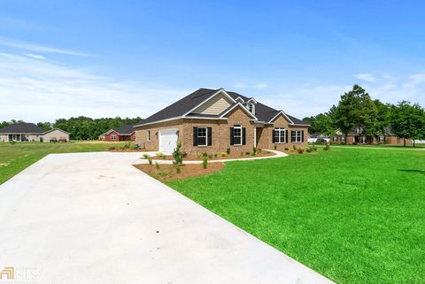 Photo of 325 Malina Way Unit 30, Brooklet, GA 30415