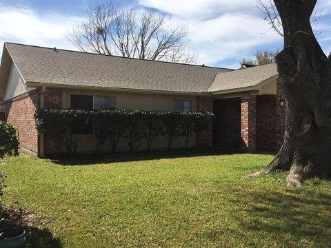 Photo of 8407 Quail Hills Dr, Houston, TX 77489