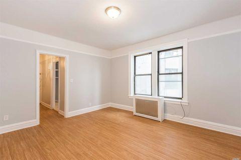 850 Saint Marks Ave Apt 3 A, Brooklyn, NY 11213
