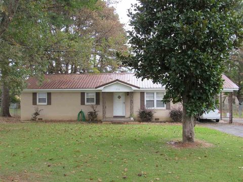 humboldt tn real estate humboldt homes for sale realtor com rh realtor com lake houses for sale in tennessee