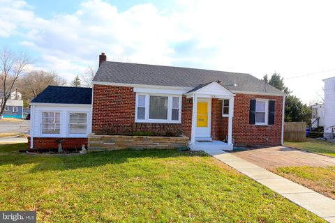 9751 52nd Ave, College Park, MD 20740