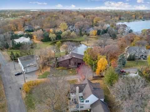 Photo of 2215 Kenwood Way, Orono, MN 55391