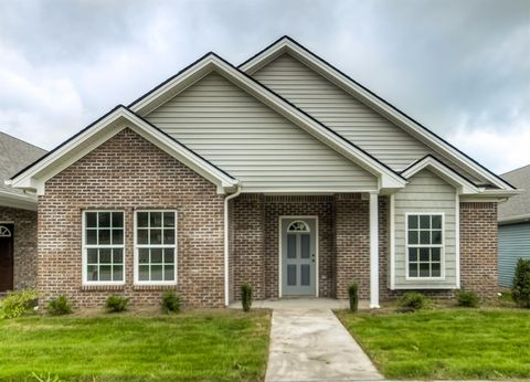 Photo of 120 Mc Cowans Ferry Aly, Versailles, KY 40383